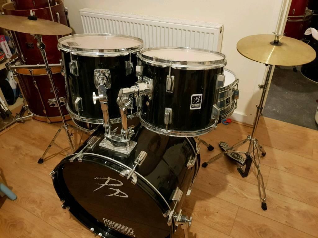PP Drum Kit inc Hardware & Cymbals