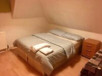 Clean and Furnished double room - Piccadilly Line
