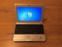 "Advent 4211-b - 10.1"" Netbook / Laptop"