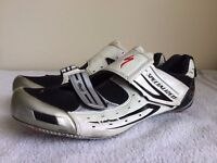 Specialized Clip in lightweight shoes, average condition, Size UK 11 EU 45