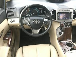 2013 Toyota Venza WITH LEATHER & MOONROOF Oakville / Halton Region Toronto (GTA) image 17
