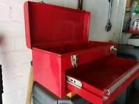 Metal tool chest / box