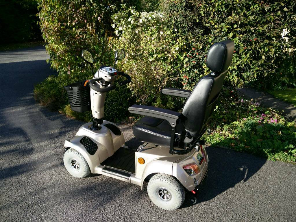 2015 CareCo Titan 8mph scooter