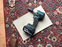 Makita cordless impact wrench LXT BL1850 18V