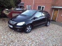 Mercedes B200 Diesel Sat Nav Black £2699
