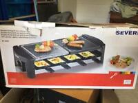 Raclette cooking station