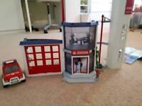 Playmobil fire station & car