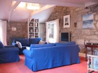Stunning spacious cottage slps 2-6 in great location in St Ives, Cornwall, with patio and free wifi
