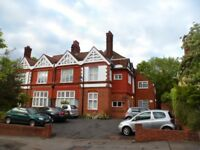 Amazing opportunity to rent this ground floor flat near local shops and Beckenham Junction Station