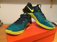 Nike Metcon 2 (mens UK 9.5)