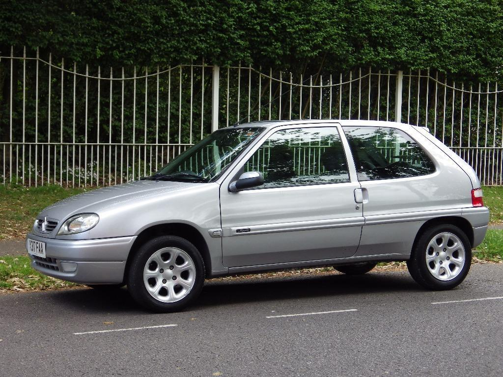 2001 citroen saxo 1 1 desire silver alloy wheels electric windows power steering mot march. Black Bedroom Furniture Sets. Home Design Ideas