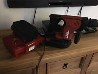 Hilti TE-6 sds Drill 2 batteries and charger