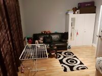 Double room Addiscombe for single occupation unfurnished