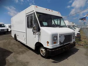 2006 Ford E450 16 FOOT