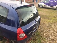 Renaultsport Clio Cup rear spoiler (and tailgate)