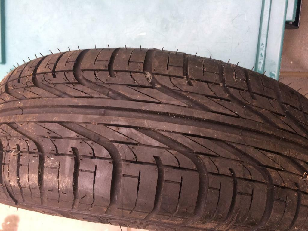 Tyre 195/60r15 new