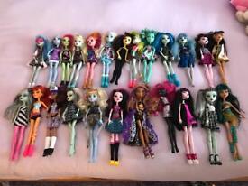 24 Monster high doll bundle