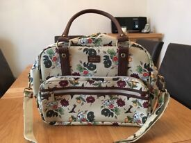 Ollie & Nic holdall/shoulder bag brand new
