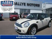 2011 MINI Cooper Classic Leather, Sunroofs, 43 Km, Trade-in