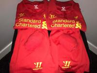 2 Liverpool football strips age 4-5