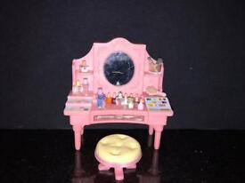 Sylvanian families Dressing table and accessories