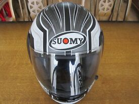 SUOMY Motorcycle Helmet - Size S Small 55-56cm Black - ACU GOLD - USED ONCE ONLY!!