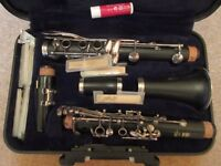 YAMAHA 250 CLARINET IN CASE