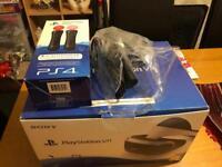 PS4 VR, CAMERA AND 2 PLAYSTATION MOVES