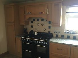 Oak Kitchen units and worktop