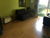 A ONE BEDROOM GROUND FLOOR APARTMENT CLOSE TO HOUNSLOW CENTRL AND OSTERLEY STATIONS-PRIVATE ENTRANCE