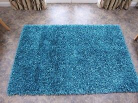 Quality rug purchased from Gillies of Broughty Ferry in teal 1.2m x 1.8m