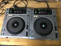 2x Pioneer CDJ 850 DJ decks DJ Equipment