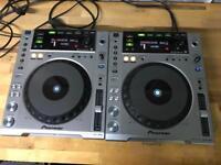 2x Pioneer CDJ 850 DJ decks DJ Equipment