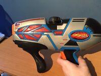 Supersoaker Light up water pistol.