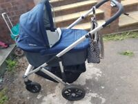 Uppababy Vista travel system with extras