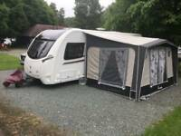Isabella Magnum Coal 250 Awning with Cosy Corner, Ground sheet and Windbreak