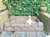 Step2 sand box with lid/baby paddling pool