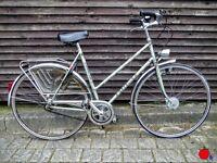 Gazelle Tour de France lady vintage bike beige