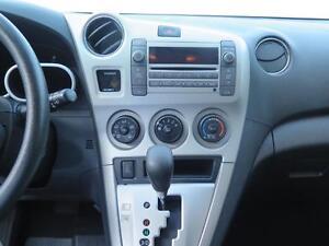 2010 Pontiac Vibe AWD Cambridge Kitchener Area image 11