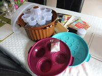 Cake baking/decorating eqiupment/cup cake storage selection