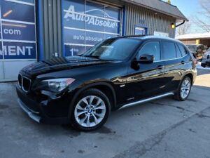 2012 BMW X1 28i + Toit Pano