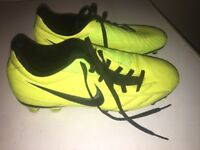 Nike T90 football boots size UK6 perfect condition