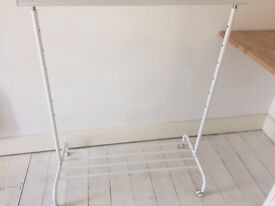 Clothes rail- broken but fixable