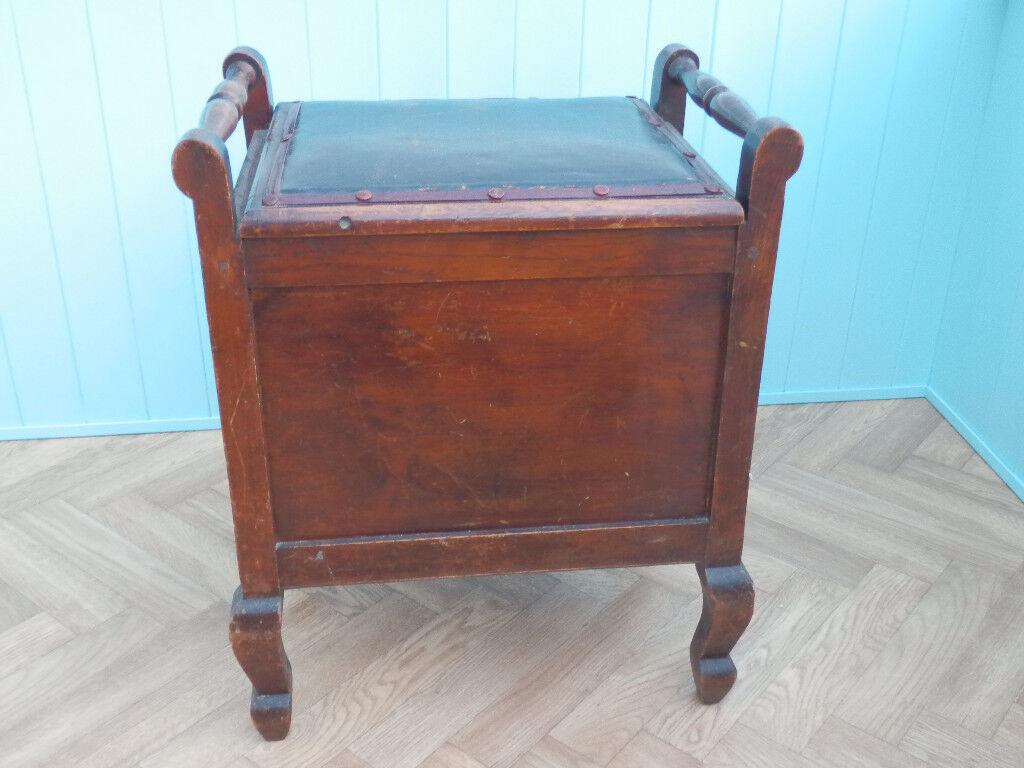 Victorian Mahogany Piano Stool with storage