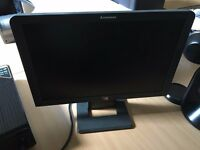 "Lenovo Flat Panel Performance ThinkVision L192 19"" Black in full working conditions"