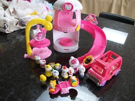 Hello Kitty playset with accessories
