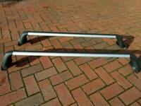 Toyota Prius Plus Roof Bars