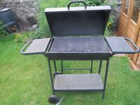 3 year-old Half-Barrel BBQ 100 x 75 x 40cm (without trays extended)