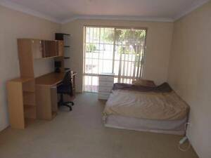 Large Roomsss AVAILABLE Morley Bayswater Area Preview