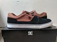 NEW DC Tonik Skate Shoes Size 10 Black Brown
